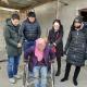 惠清首次下乡家访残疾人士,让她实践社区康复。