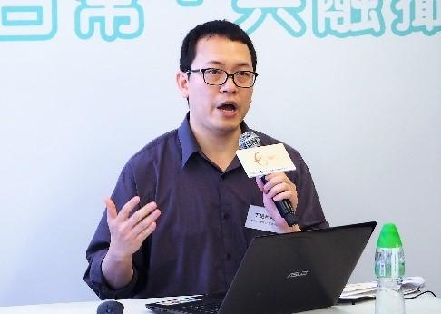 本會職業復康及再培訓中心經理及「e-Connect就業連網」代表丁遠和先生丁遠和先生總結調查結果及提出建議。