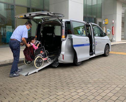 香港復康會推出「易達兒童接載計劃」與病童一起抗疫